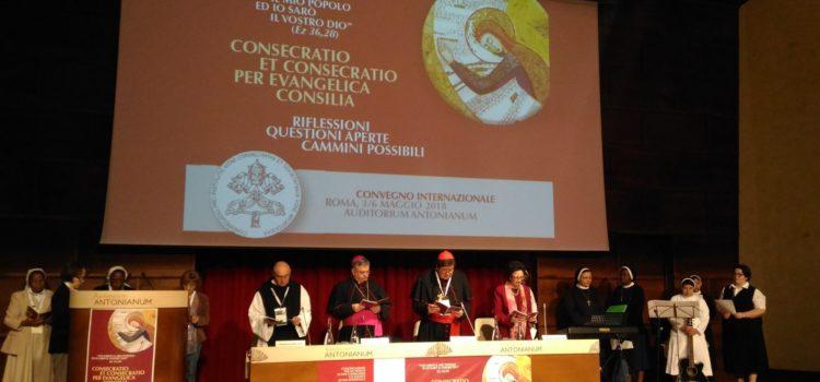 Consacrati nella Chiesa